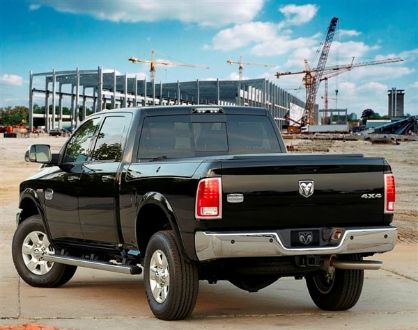 2014 Ram 2500/3500 HD pickups get new 6.4-liter Hemi V8 option 4