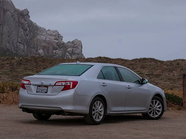 2014 Toyota Camry: Old Guys Rule - Kelley Blue Book