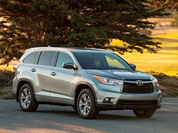 2014 Toyota Highlander First Review: A solid competitor in a solid segment 1