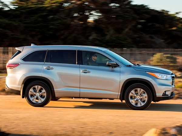 2014 Toyota Highlander First Review: A solid competitor in a solid segment 5