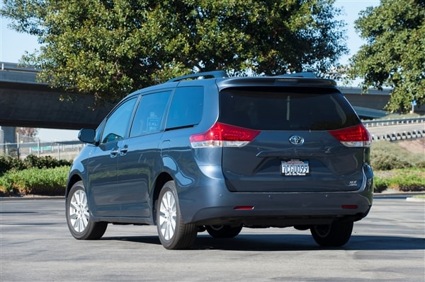 12 Best Family Cars: 2014 Toyota Sienna - Kelley Blue Book