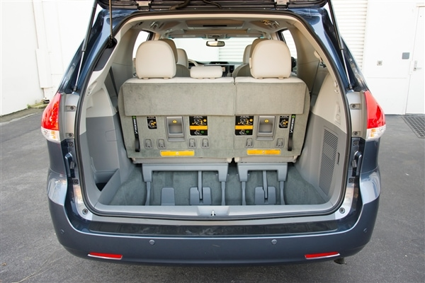 12 Best Family Cars: 2014 Toyota Sienna 7