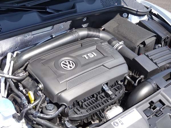 2014 Volkswagen Beetle Convertible R-Line Quick Take 18