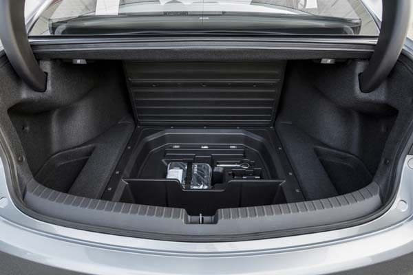 2015 Acura TLX First Review 44