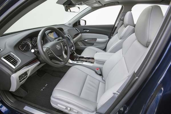 2015 Acura TLX First Review 41