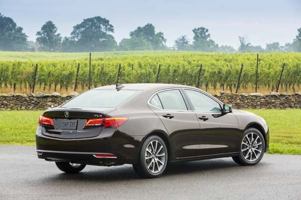 2015 Acura TLX First Review 10