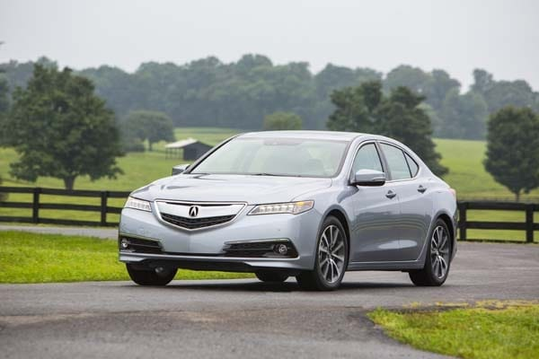 2015 Acura TLX First Review 12
