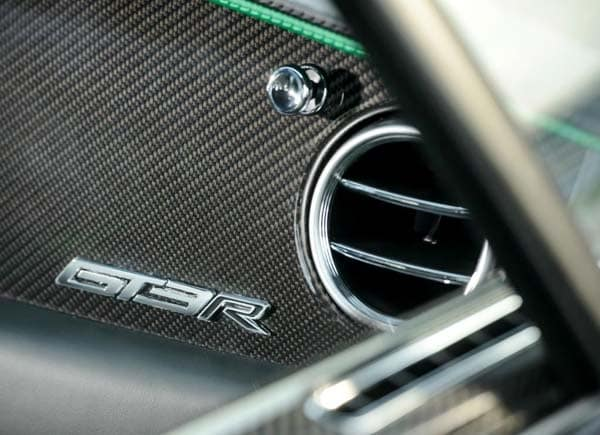 2015 Bentley Continental GT3-R brings race pace to the road 13