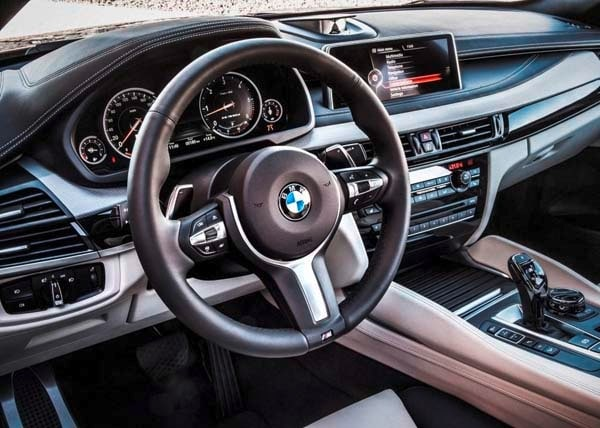 2015 BMW X6: New style, power and rear-drive 25