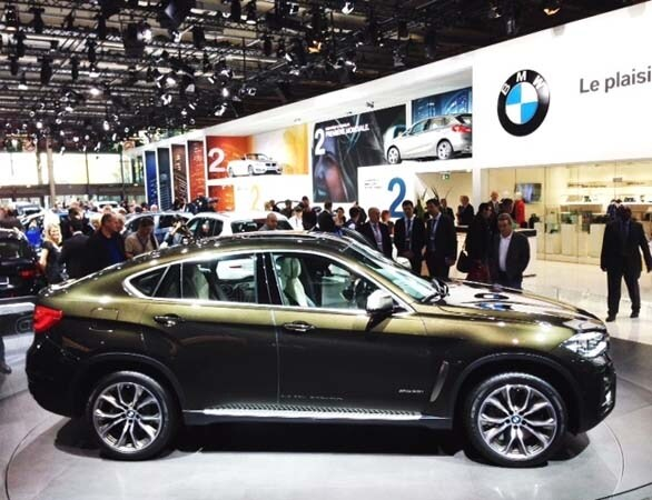 2015 BMW X6: New style, power and rear-drive 1