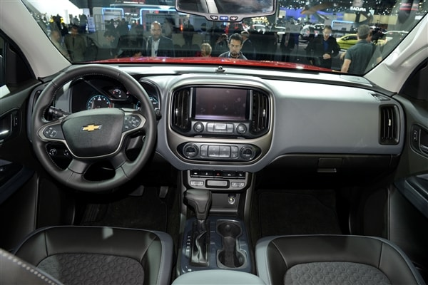 Chevrolet reinvents Colorado midsize pickup truck for 2015 9
