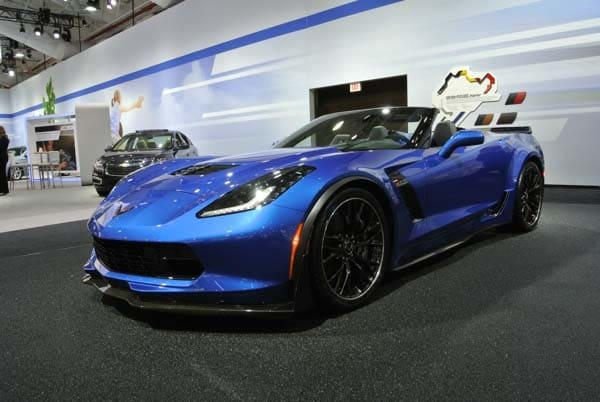 2015 Chevrolet Corvette Z06 Convertible:  New York Debut Boasts 625 Horsepower 1
