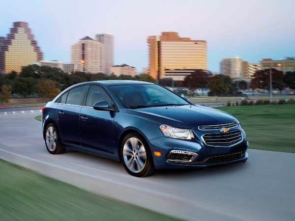 2015 Chevrolet Cruze: Facelift brings Siri Integration, OnStar 4G LTE 15