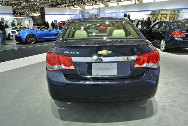 2015 Chevrolet Cruze: Facelift brings Siri Integration, OnStar 4G LTE 3