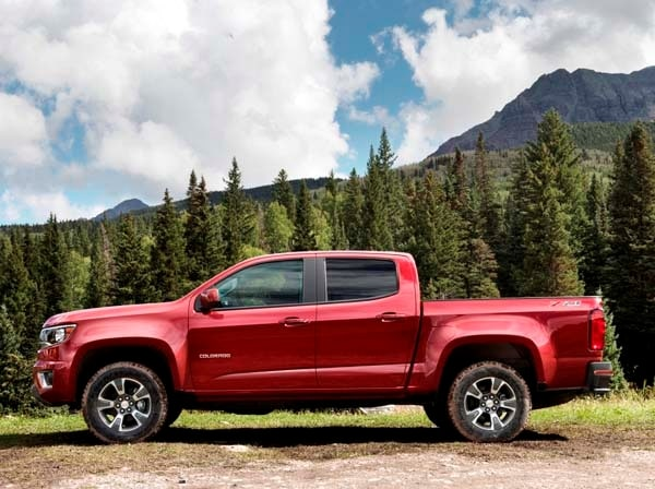2015 Chevy Colorado/GMC Canyon priced - Kelley Blue Book