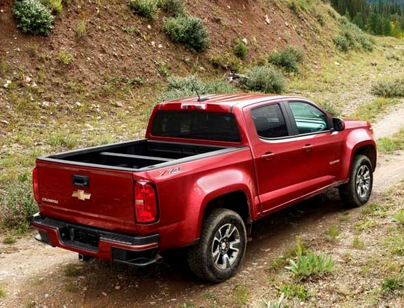 2015 Chevy Colorado/GMC Canyon: Best-in-class V6 mpg - Kelley Blue Book