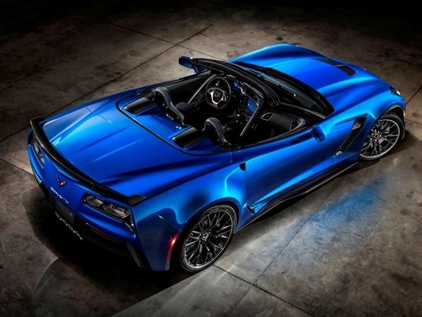 2015 Chevrolet Corvette Z06 Convertible:  New York Debut Boasts 625 Horsepower 17