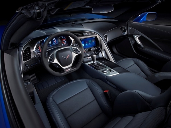 2015 Chevrolet Corvette Z06 Convertible:  New York Debut Boasts 625 Horsepower 21