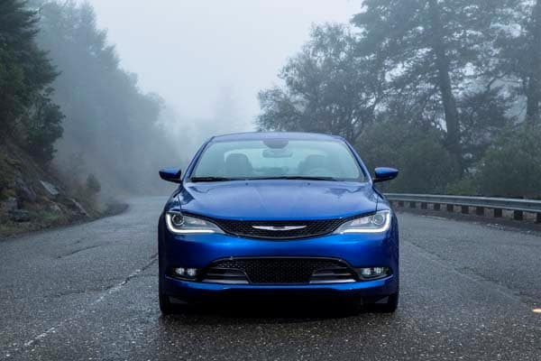 2015 Chrysler 200 First Review: An Entrant (Finally) Fit for a Tough Segment 9
