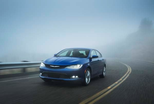 2015 Chrysler 200 First Review: An Entrant (Finally) Fit for a Tough Segment 8