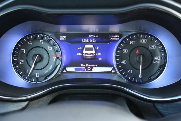 2015 Chrysler 200: The Grand Canyon Test 28