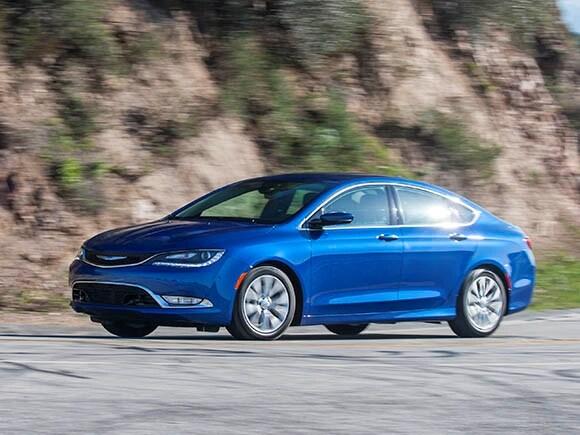 Chrysler 200 Transmission Problems >> 2015 Chrysler 200 Long Term Update Drivability Kelley Blue Book