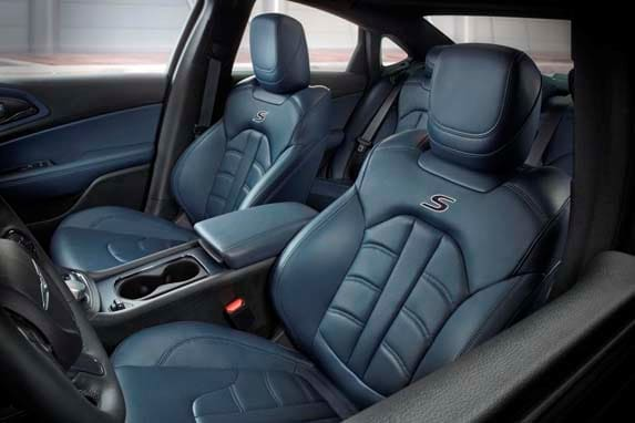 2015 Chrysler 200S and 200C add new interior colors ...