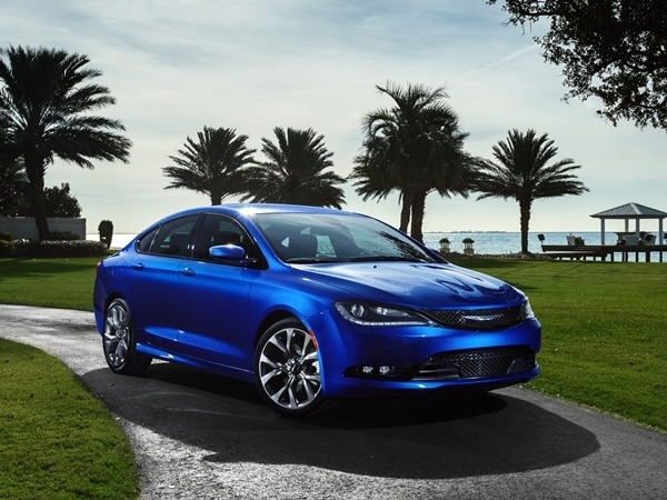 2015 Chrysler 200 revealed in Detroit 10