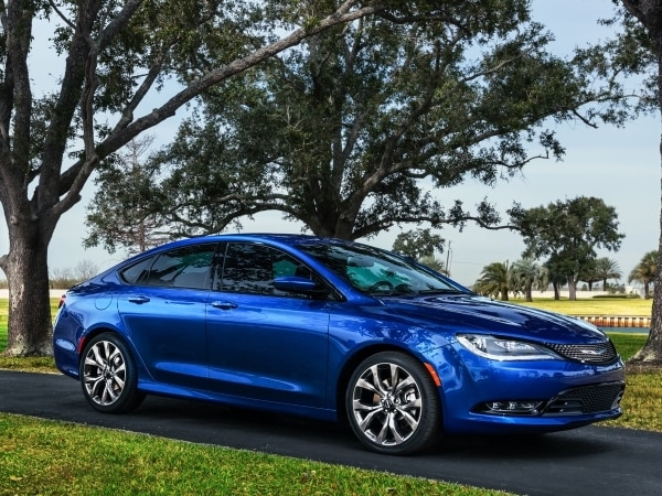 2015 Chrysler 200 revealed in Detroit 25