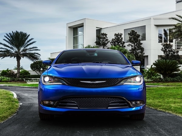 2015 Chrysler 200 revealed in Detroit 26