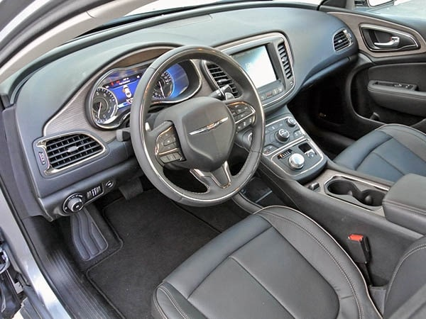 2015 Chrysler 200c Quick Take Kelley Blue Book