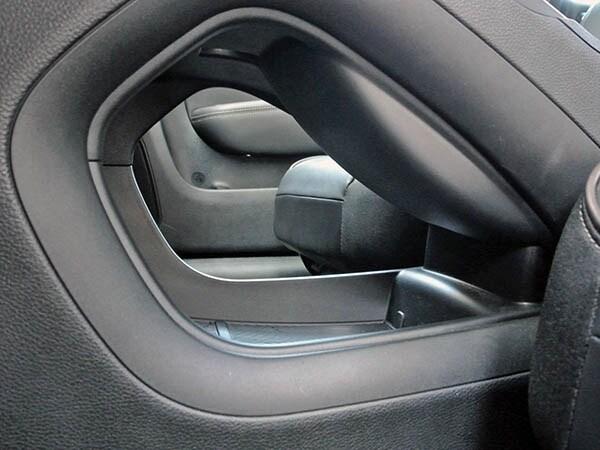 2015 Chrysler 200C Quick Take 14