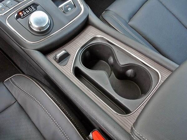 2015 Chrysler 200C Quick Take 10