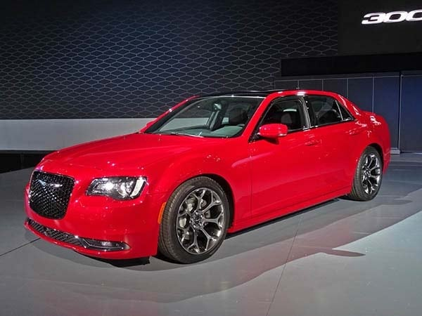 2015 Chrysler 300 Makes An Even Bolder Statement Kelley