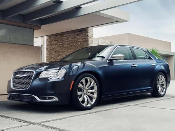 2015 Chrysler 300 makes an even bolder statement - Kelley ...