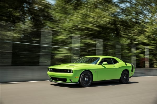 2015 Dodge Challenger First Review 7