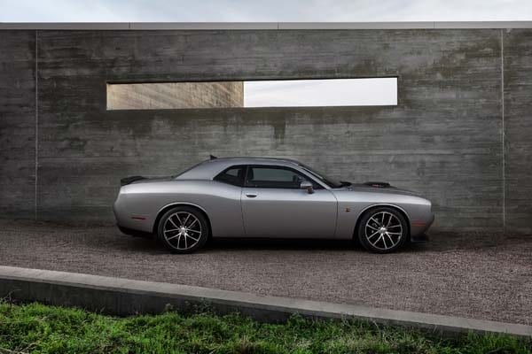 2015 Dodge Challenger: Retro Packaging, Current Technology 13