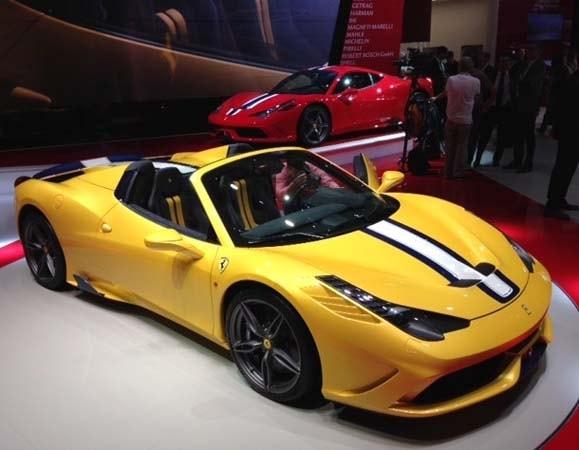 Free Car History Report >> 2015 Ferrari 458 Speciale A revealed - Kelley Blue Book