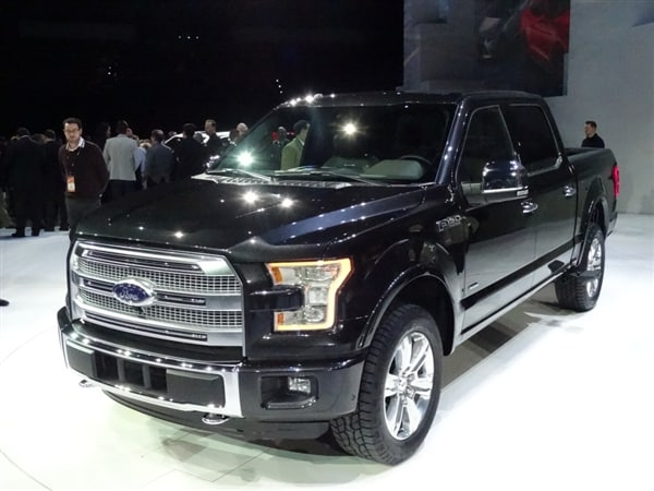 2015 Ford F-150 debuts in Detroit, brings a 2.7-liter ...