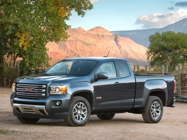 2015 gmc canyon pickup revealed in detroit kelley blue book. Black Bedroom Furniture Sets. Home Design Ideas