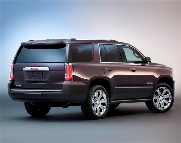 2015 gmc yukon and yukon denali revealed w video kelley blue book. Black Bedroom Furniture Sets. Home Design Ideas