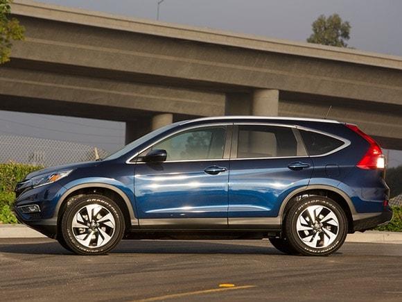 15 Best Family Cars: 2015 Honda CR-V - Kelley Blue Book