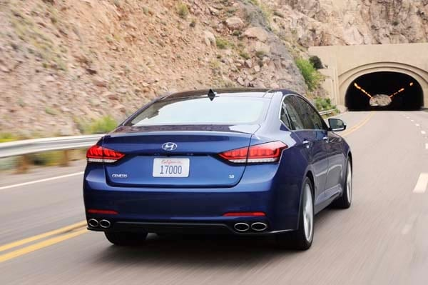 2015 Hyundai Genesis First Review: The Cool Lux Alternative 2