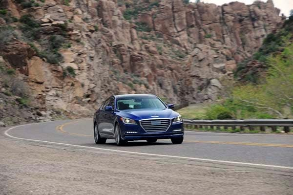 2015 Hyundai Genesis First Review: The Cool Lux Alternative 5