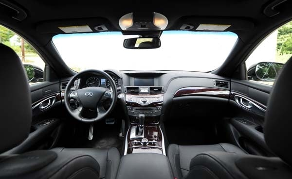 2015 Infiniti Q70 and Q70L First Review 20