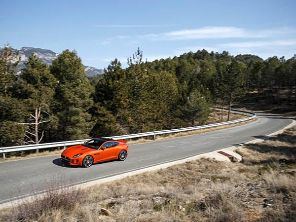 2015 Jaguar F-Type Coupe First Review 6