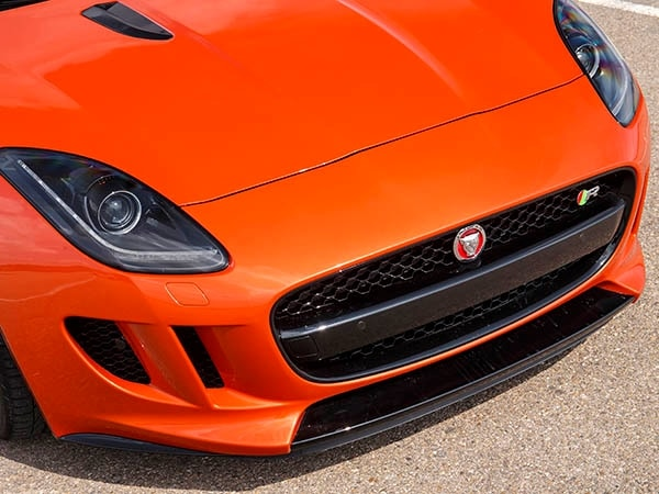 2015 Jaguar F-Type Coupe First Review 18
