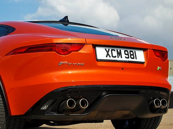 2015 Jaguar F-Type Coupe First Review 20