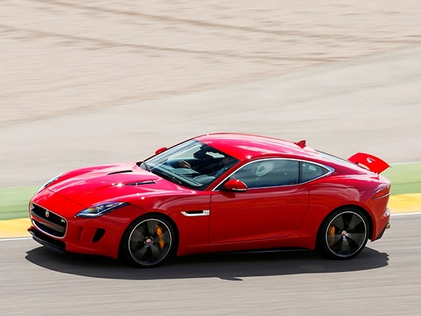 2015 jaguar f-type coupe first review | kelley blue book
