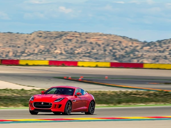 2015 Jaguar F-Type Coupe First Review 10